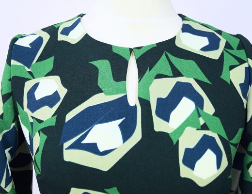 zielona we wzór, sukienka