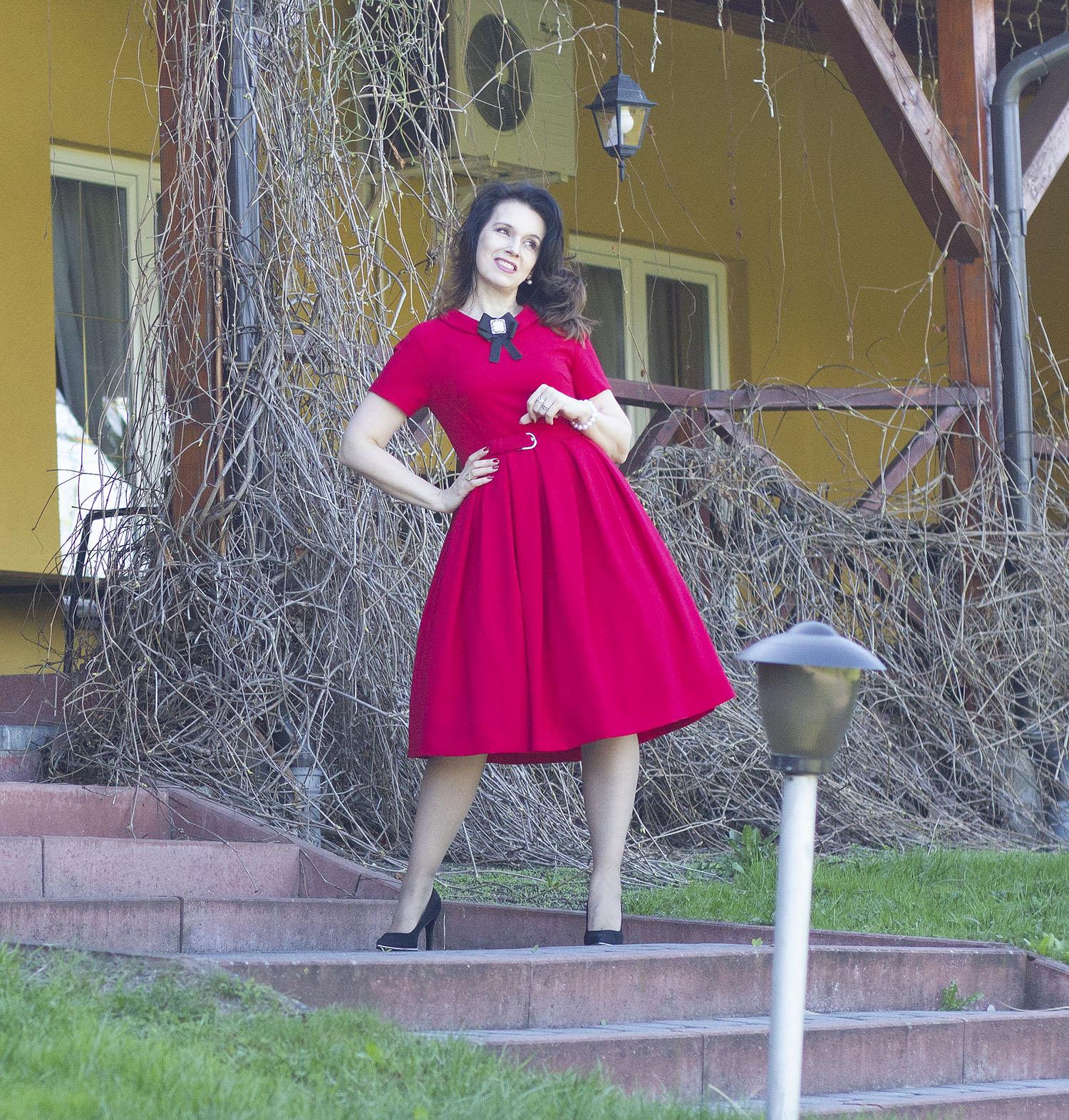 sukienka czarwona